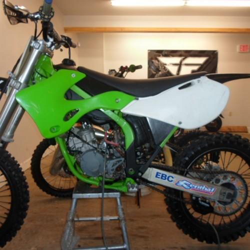 2002 KX 125